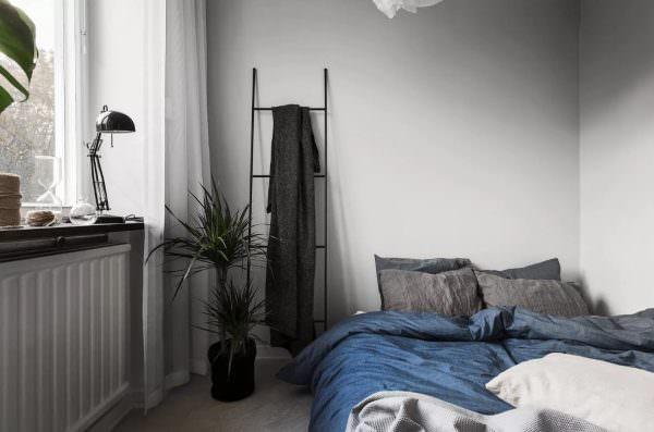 Холодная сдержанность северного скандинавского стиля подойдет помещению, которое необходимо немного охладить.