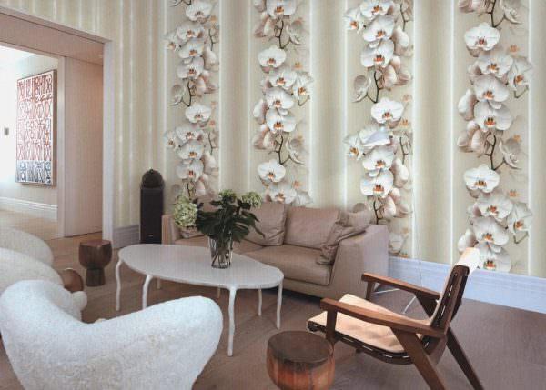 Обои с принтом должны соответствовать вкусу хозяев квартиры и могут стать яркой нотой в интерьере помещения.