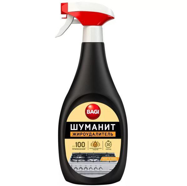 """Спрей """"Шуманит"""" отличается своим резким запахом, так как в его составе есть сильнодействующие химикаты. За счет этого средства очень быстро справляется даже с самыми устойчивыми загрязнениями."""