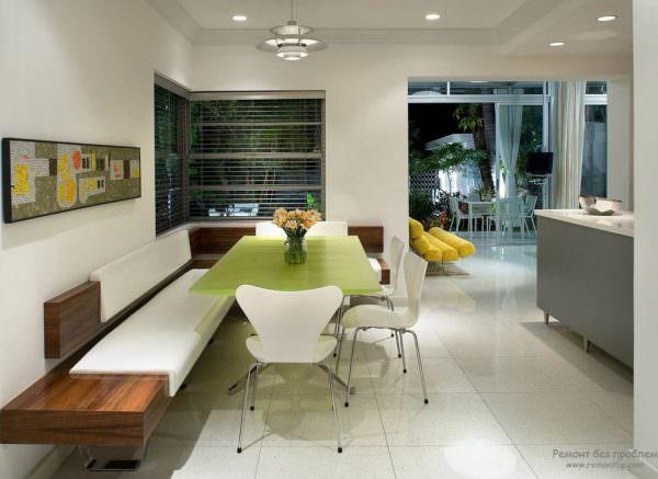 Эта удобная и простая модель используется, если нужно организовать обеденную зону в деревенской стилистике.