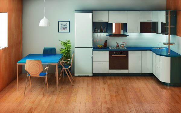 Холодильник - незаменимая вещь в хозяйстве каждого человека
