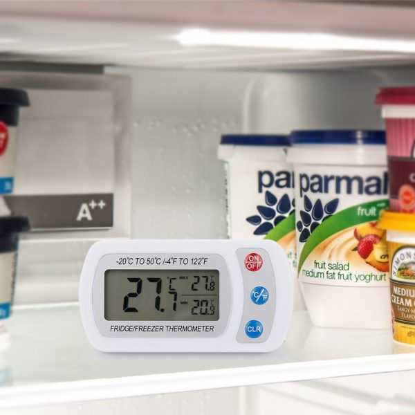 Для проверки значения температуры можно использовать термометр.