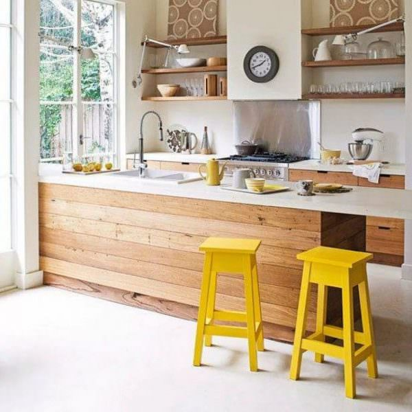Деревянные фактуры делают любое помещение уютнее благодаря теплому природному цвету и природности материалов.