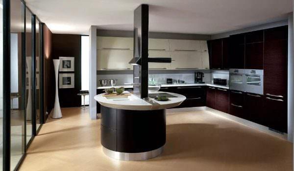 Если комната преимущественно в тени, тогда использовать темные тона надо с осторожностью.