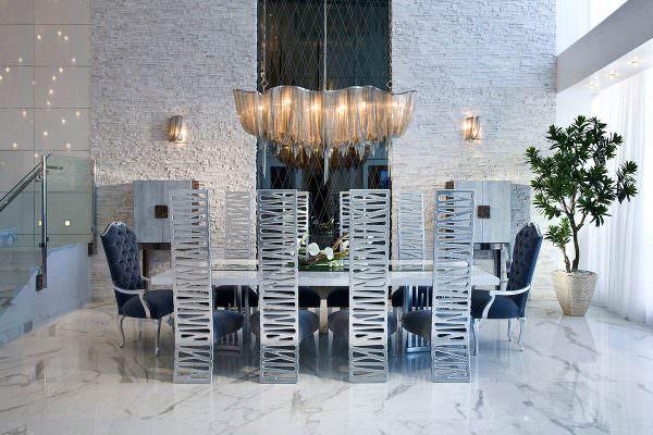 Смешивание металлов добавляет чистый и элегантный стиль в любой комнате.
