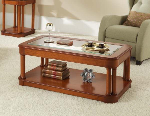 Такие модели удобны для небольших семей, которые привыкли ужинать у телевизора в зале или каждый у своего ноутбука