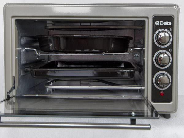 Многие потребители считают эту технику лучшим компромиссом для маленькой кухни.