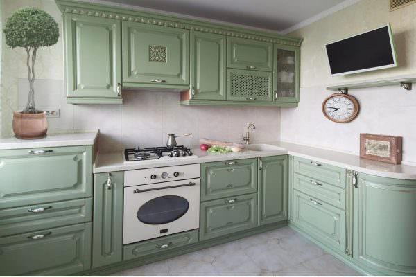 Современная фисташковая кухня – отличное решение для большинства интерьерных стилей, комнат любого размера.