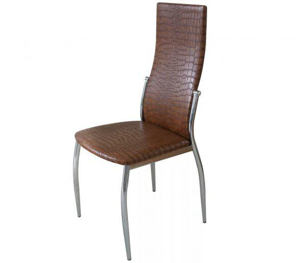 Кожаные стулья с высокой спинкой для кухни можно считать настоящей роскошью.