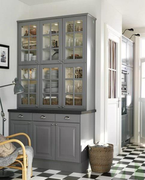 Шкаф кухонный напольный – удобный функциональный элемент любой кухни.