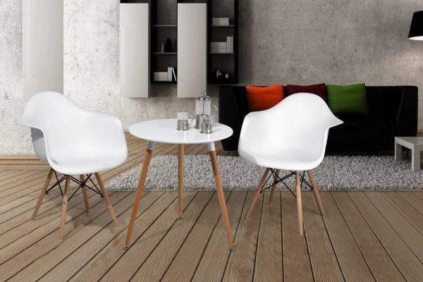 Красивые стулья для кухни от дизайнеров от обычных отличаются конструкцией.