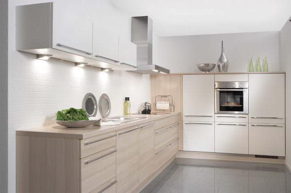В лаконичных скандинавских интерьерах это цветовое сочетание также хорошо подходит для оформления интерьера кухни.