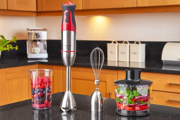 Современную кухню довольно сложно представить без бытовых приборов.