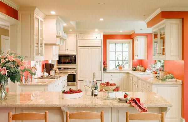 В кухне таких «вкусных» цветов обязательно поднимается аппетит.