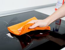 Уход за плитой обладает некоторыми особенностями.