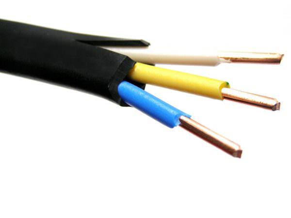 При выборе обязательно нужно измерить диаметр провода и посчитать сечение.