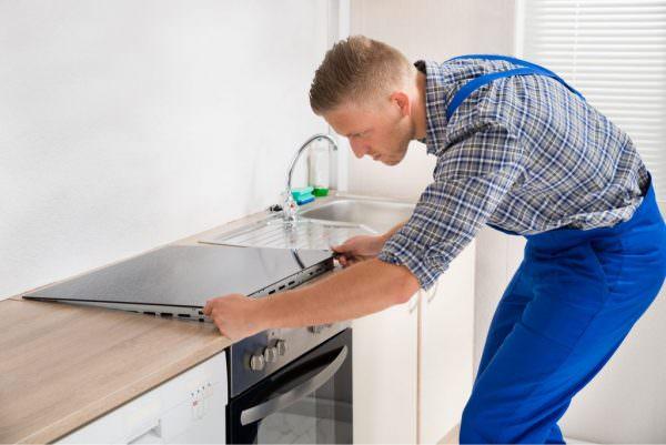 Такой процесс, как подключение электрической плиты, требует соблюдение ряда требований к оборудованию.