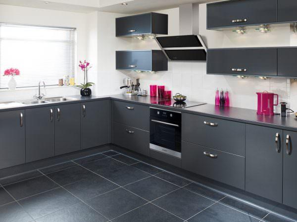 Всем известно, что кухня должна быть не только красивой и уютной, но и многофункциональной.