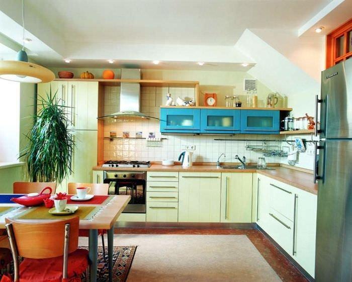 Яркая кухня своими руками фото