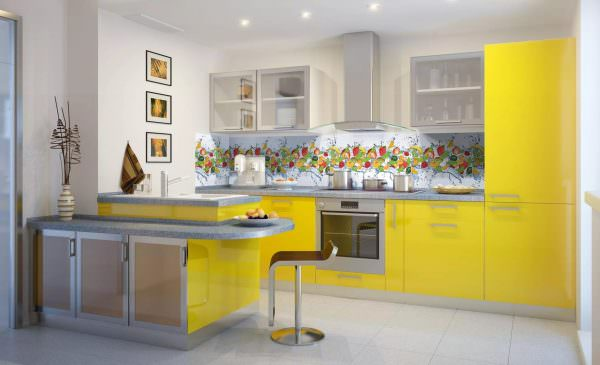 Желтый — это цвет элемента земли, который истощает элемент огня.