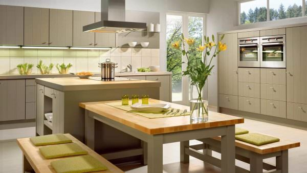 Некоторые базовые идеи фэн-шуй применимы к современному дизайну кухни