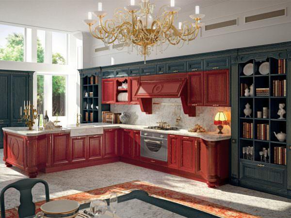 Просторные, полные света и воздуха кухни классика светлые с патиной всегда ассоциируются с богатством и аристократизмом