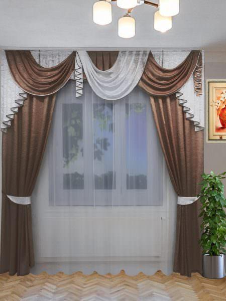 Плотные портьерные ткани слабо пропускают свет и быстро поглощают запахи, поэтому такую основу для кухонных штор используют редко.