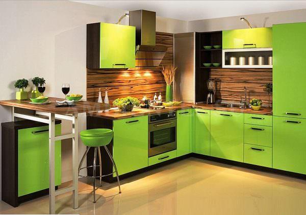 Кухня – «атмосферное» место, где собирается вся семья за трапезой, чтобы не только покушать, но и поделиться новостями.