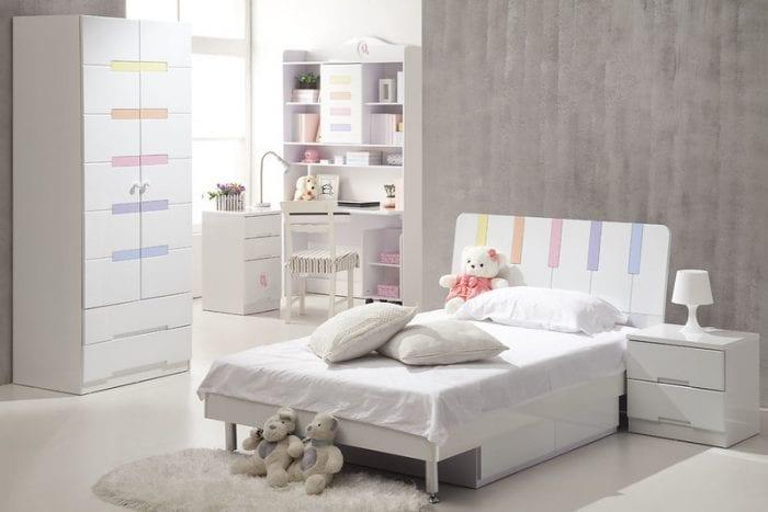 Минималистичный дизайн детской комнаты с грамотным зонированием