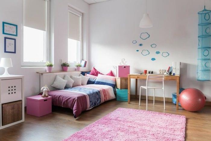Спальня для ребёнка с высокими потолками
