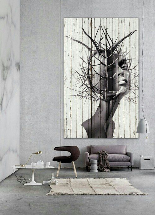 Лофтовый дизайн стен с картиной на досках